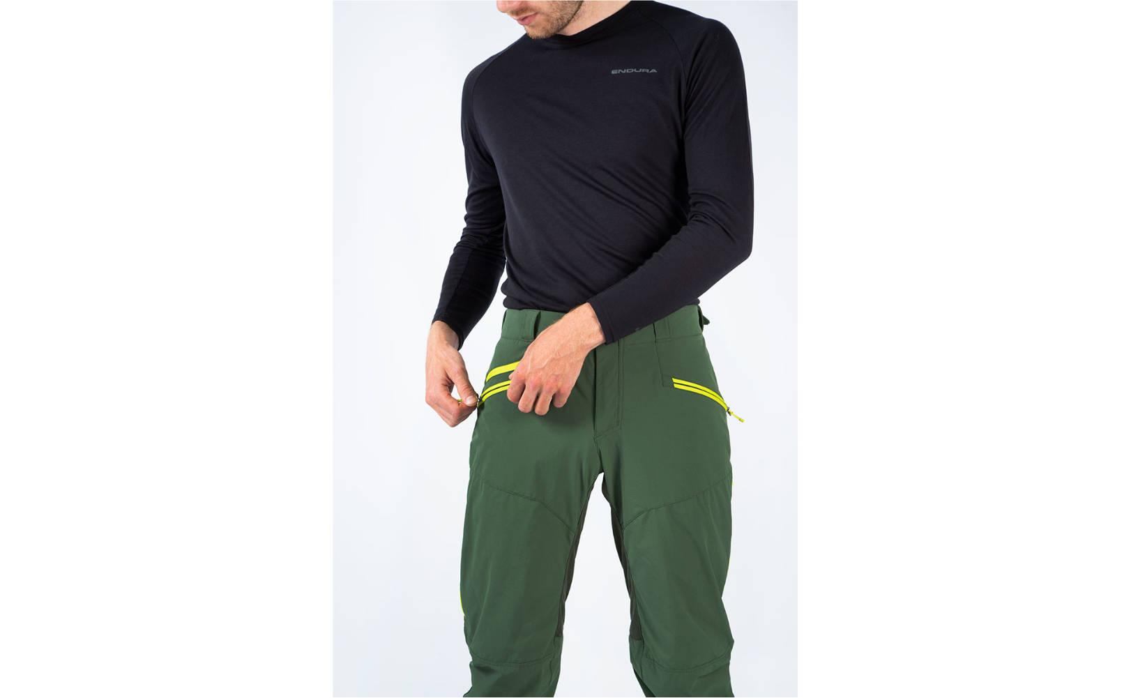 Endura SingleTrack II Trouser in Forest Green - Front Casual Model