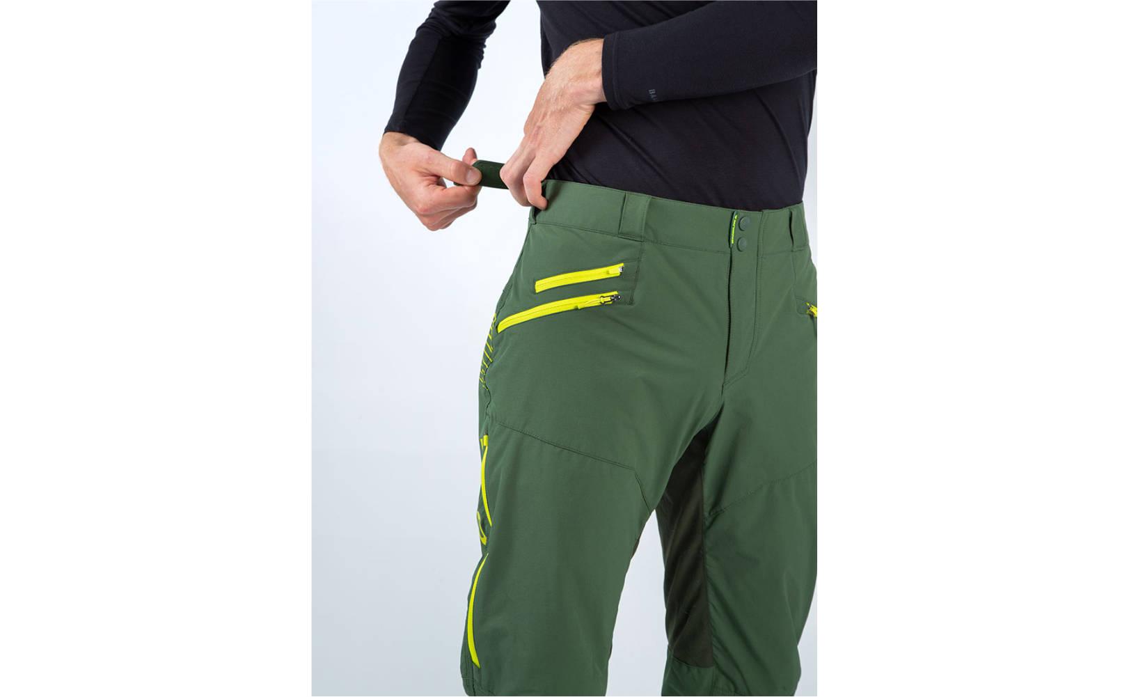 Endura SingleTrack II Trouser in Forest Green - Side Casual Model